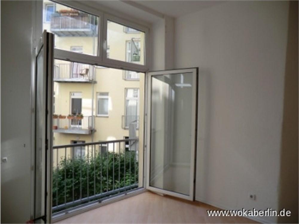 Nhe Helmholtzplatz Bezugsfreie 4 Zimmer Wohnung In Berlin