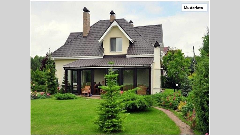 teilungsversteigerung reiheneckhaus in 35390 gie en hinter der ostanlage. Black Bedroom Furniture Sets. Home Design Ideas